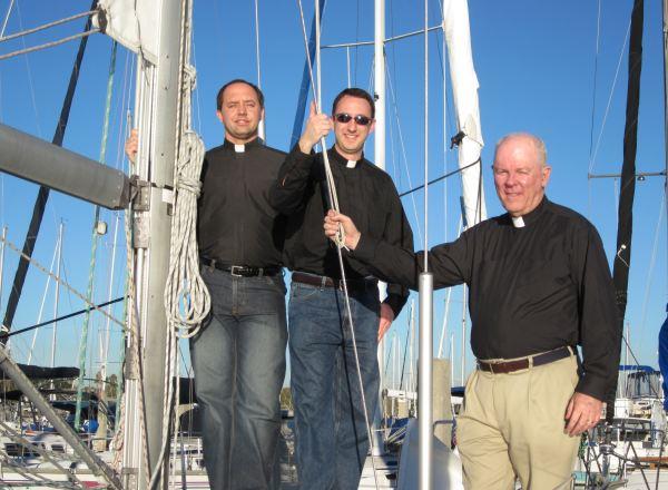 Veleando con sacerdotes, San Diego, 2010