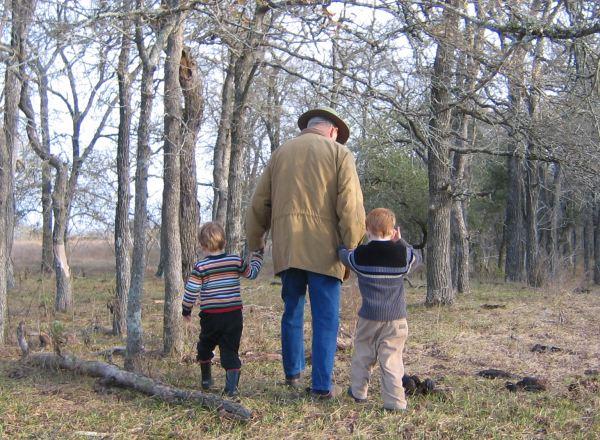 Abuelo y Nietos 2005